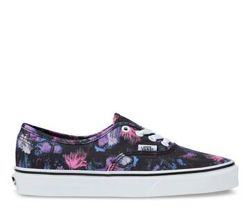 AUTHNENTIC WARPED FLORAL BLACK